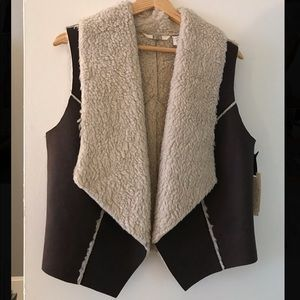 BB Dakota shearling vest